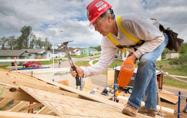 roofing framing construction build team volunteer